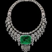 Necklace of Countess of Granard, created by Cartier on special order in 1932. Platinum, diamonds, emerald