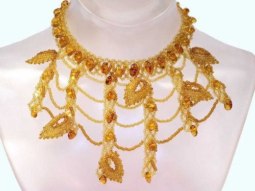 Stunning amber necklace