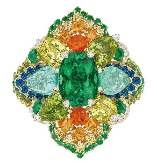 Dear Dior Dentelle Tourmaline Rebrodee ring.