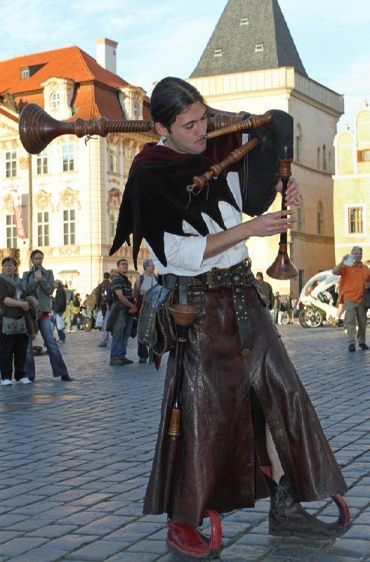 Piper in Prague