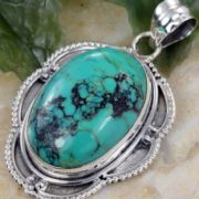 Pendant with turquoise