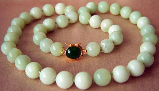 Beautiful nephrite necklace