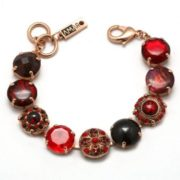 Charming bracelet with garnet