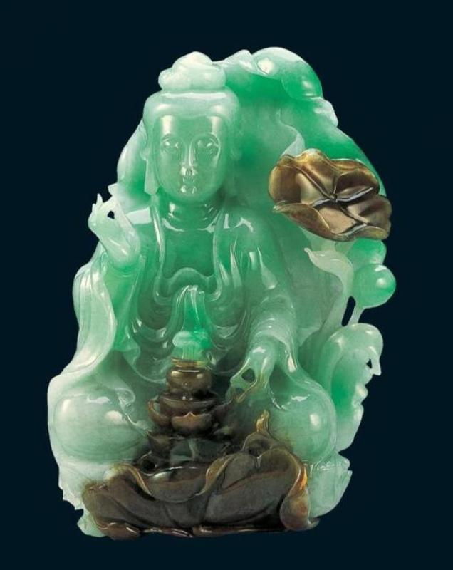 Charming nephrite