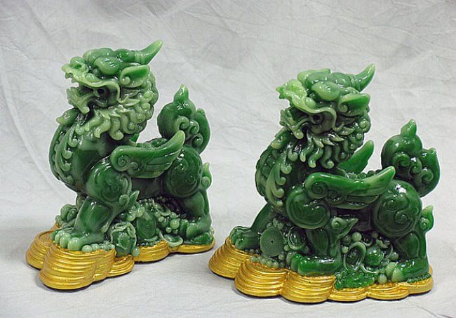 Green nephrite dragon