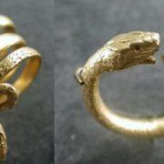 Gold ring. The Roman Empire, II century BC