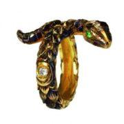 Queensbee ring