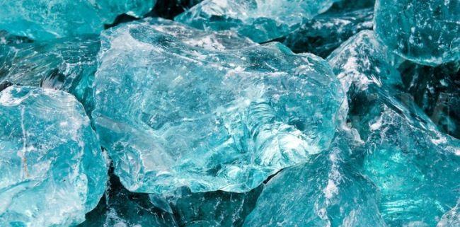 Exotic aquamarine