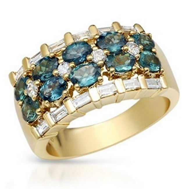Lovely ring with alexandrite