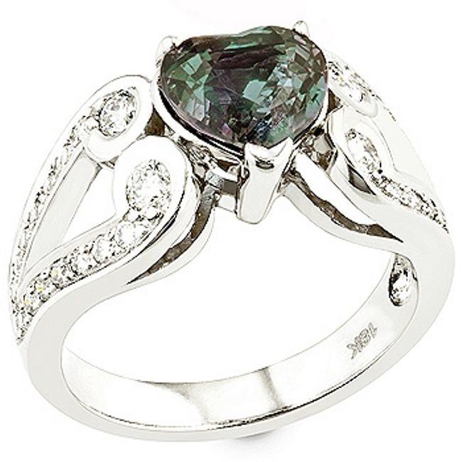 Original ring with alexandrite