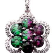 Pendant with alexandrite