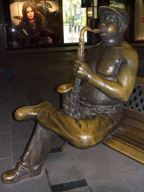 Monument to saxophone and saxophonist