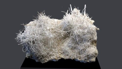 Attractive aragonite