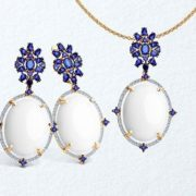 Earrings with white agate and diamonds