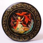 Kholuy lacquer miniature