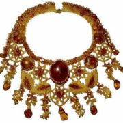 Gorgeous amber necklace