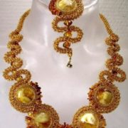 Wonderful amber necklace