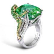 A green tourmaline frog