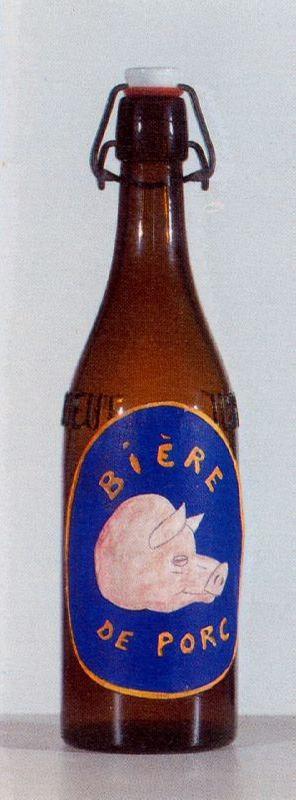 Botella con etiqueta