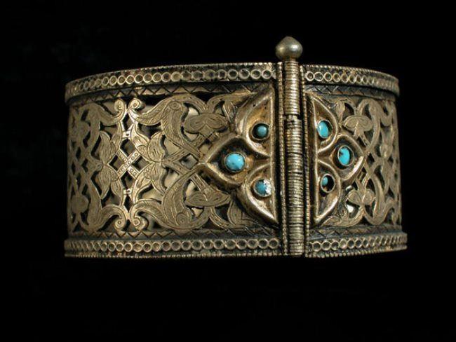 Uzbek bracelet