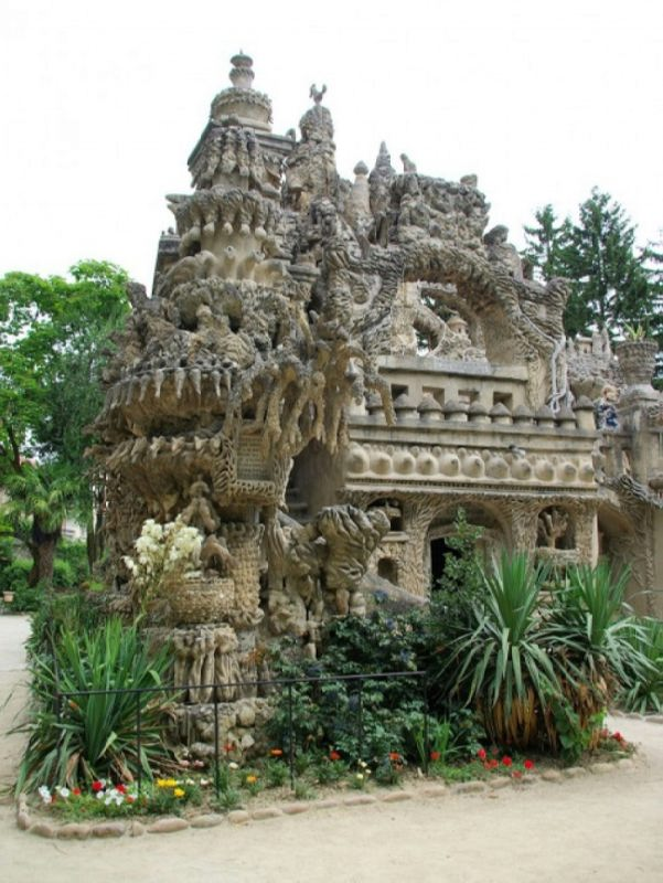 Wonderful Ideal Palace
