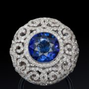 Graceful brooch with sapphire