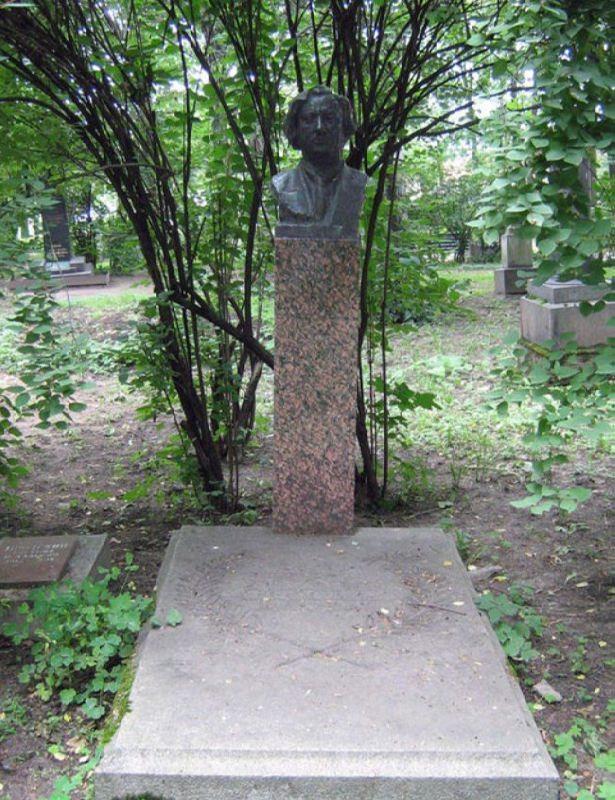 Grave of Isaak Brodsky