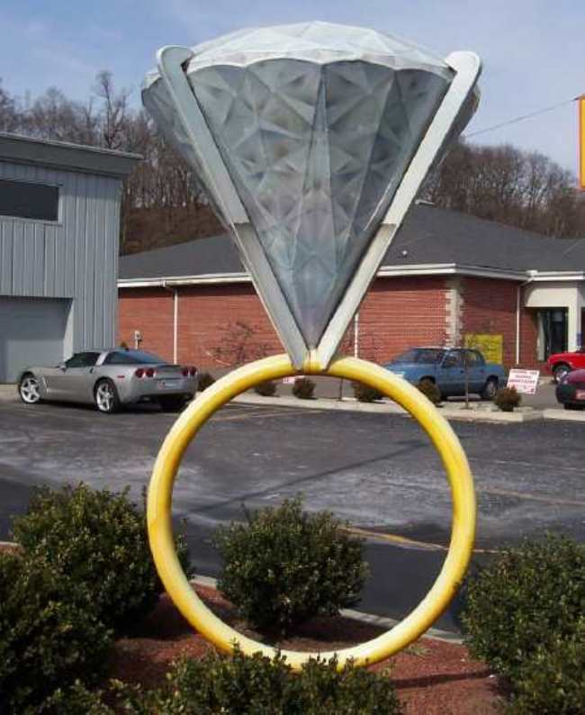 Ring monument in Ashland, Indiana, USA