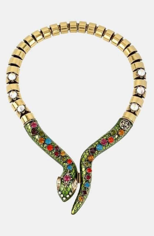 Astonishing snake necklace