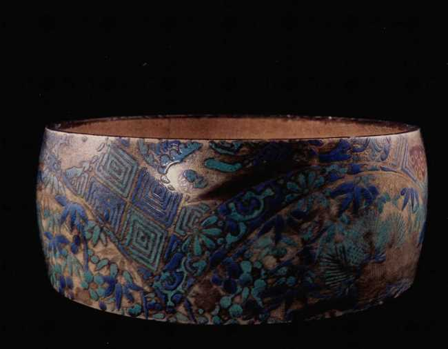 Gorgeous Bowl. Kyoto. Awata kilns. 18th century